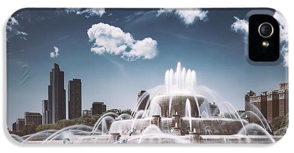 University Of Illinois iPhone 5 Case - Buckingham Fountain by Scott Norris