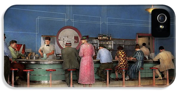 Cafe - The Half Way Point 1938 IPhone 5 Case