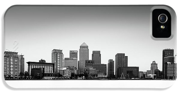 Canary Wharf Skyline IPhone 5 Case by Ivo Kerssemakers