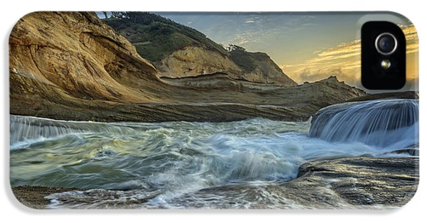 Cape Kiwanda IPhone 5 Case by Rick Berk
