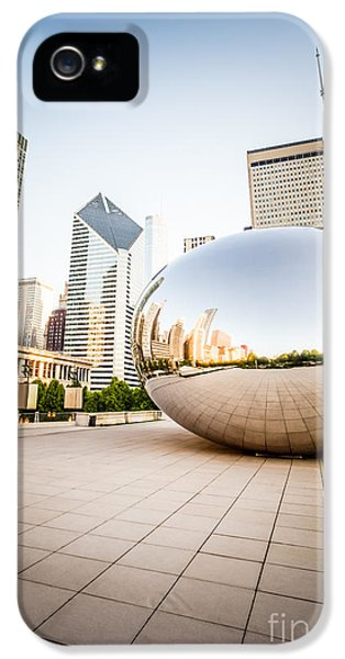 Chicago Gloud Gate And Chicago Skyline Photo IPhone 5 / 5s Case by Paul Velgos
