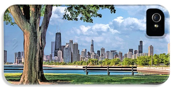 IPhone 5 Case featuring the painting Chicago North Skyline Park by Christopher Arndt