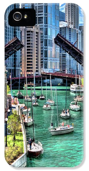 IPhone 5 Case featuring the painting Chicago River Boat Migration by Christopher Arndt