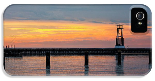IPhone 5 Case featuring the photograph Chicago Sunrise At North Ave. Beach by Adam Romanowicz
