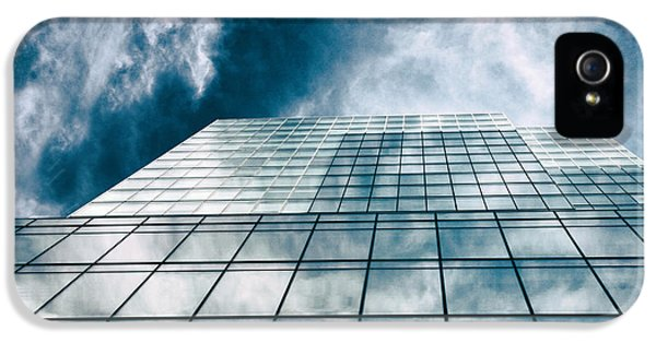IPhone 5 Case featuring the photograph City Sky Light by Jessica Jenney