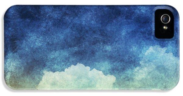 Moon iPhone 5 Case - Cloud And Sky At Night by Setsiri Silapasuwanchai