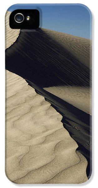 Contours IPhone 5 Case by Chad Dutson