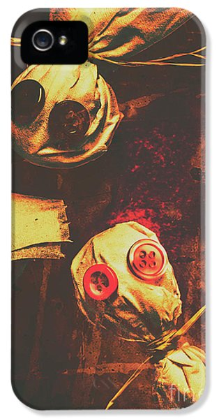 Creepy Halloween Scarecrow Dolls IPhone 5 Case