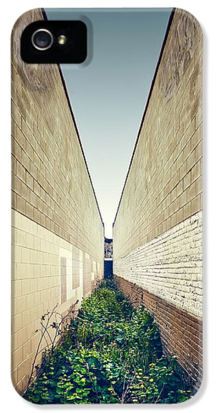 Dead End Alley IPhone 5 Case