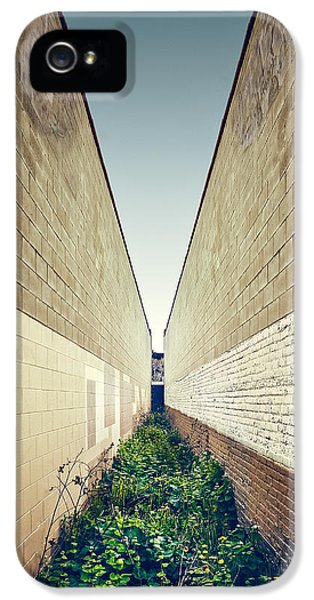 Dead End Alley IPhone 5 Case by Scott Norris