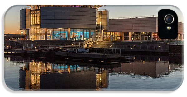 IPhone 5 Case featuring the photograph Discovery World by Randy Scherkenbach