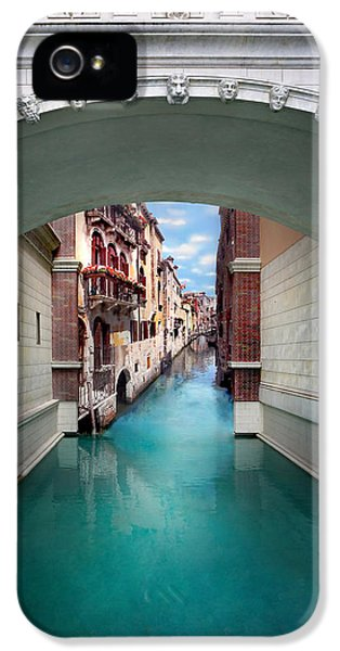 Featured Images iPhone 5 Case - Dreaming Of Venice by Az Jackson