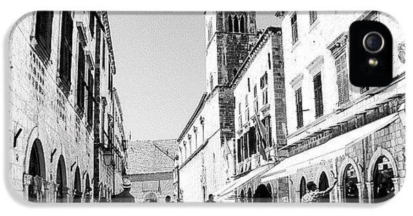 iPhone 5 Case - #dubrovnik #b&w #edit by Alan Khalfin