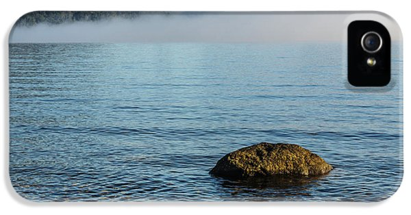 IPhone 5 Case featuring the photograph Early Morning At Lake St Clair by Werner Padarin