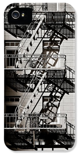 Escape IPhone 5 Case by Dave Bowman
