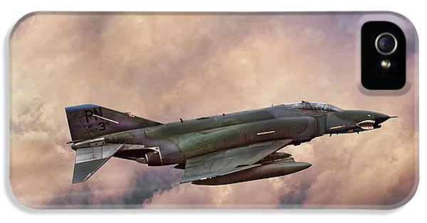 F-4e Phantom Sea IPhone 5 Case by Peter Chilelli