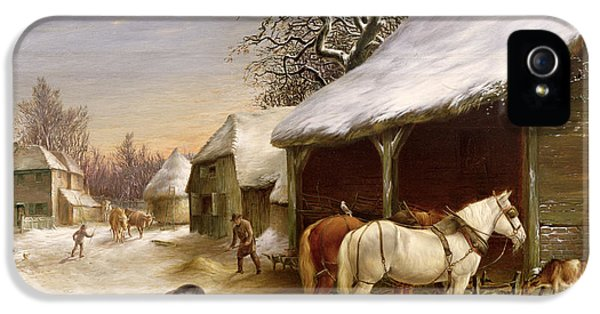 Farmyard In Winter  IPhone 5 / 5s Case by Henry Woollett
