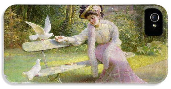 Feeding The Doves  IPhone 5 Case by Edmond Alphonse Defonte