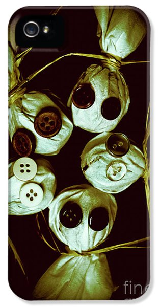 Five Halloween Dolls With Button Eyes IPhone 5 Case