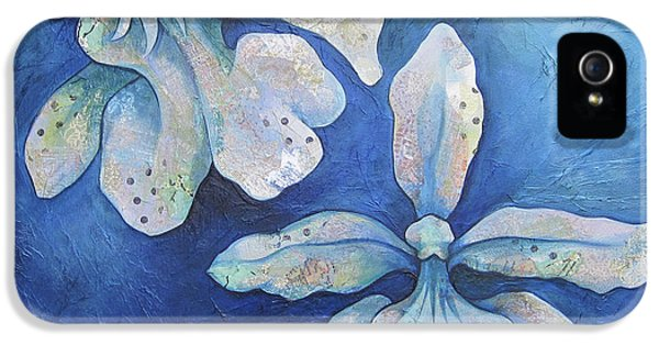 Floating Orchid IPhone 5 Case by Shadia Derbyshire