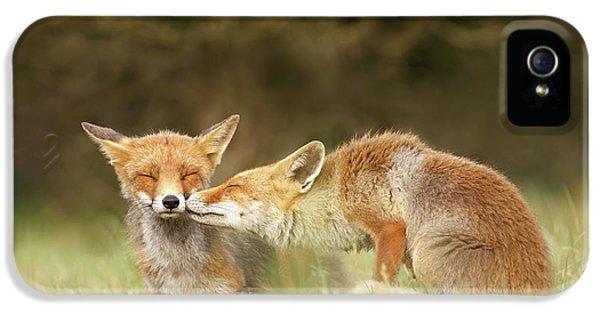 Foxy Love Series - Kiss IPhone 5 Case