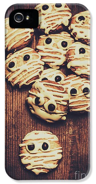 Fright Night Party Baking IPhone 5 / 5s Case by Jorgo Photography - Wall Art Gallery