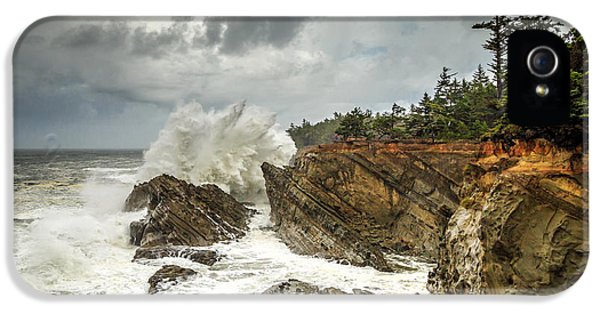 Fury On The Oregon Coast IPhone 5 Case by James Eddy