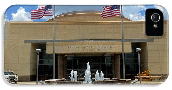 George Bush Library And Museum IPhone 5 / 5s Case by Art Spectrum