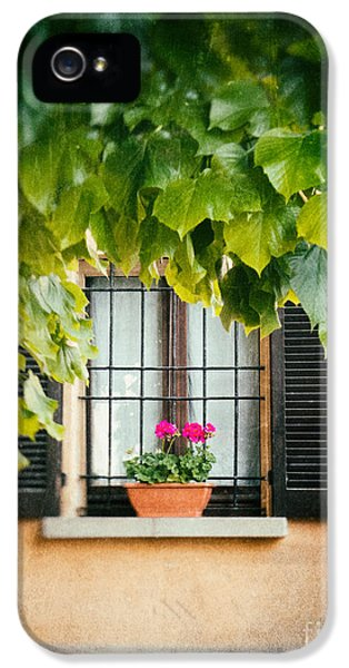 IPhone 5 Case featuring the photograph Geraniums On Windowsill by Silvia Ganora