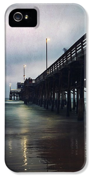 Ghosts Of Yesterday IPhone 5 / 5s Case by Laurie Search