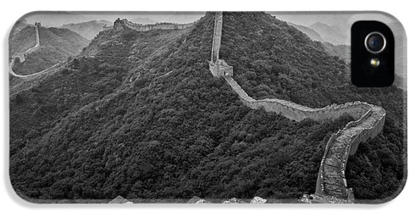 IPhone 5 Case featuring the photograph Great Wall 2, Jinshanling, 2016 by Hitendra SINKAR