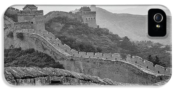 IPhone 5 Case featuring the photograph Great Wall 7, Jinshanling, 2016 by Hitendra SINKAR