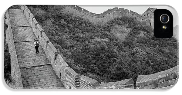 IPhone 5 Case featuring the photograph Great Wall 9, Jinshanling, 2016 by Hitendra SINKAR