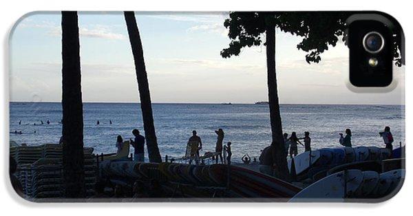 iPhone 5 Case - Hawaiian Afternoon by Daniel Sauceda
