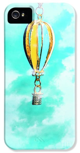 Hot Air Balloon Pendant Over Cloudy Background IPhone 5 Case