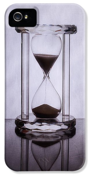 Hourglass - Time Slips Away IPhone 5 Case by Tom Mc Nemar