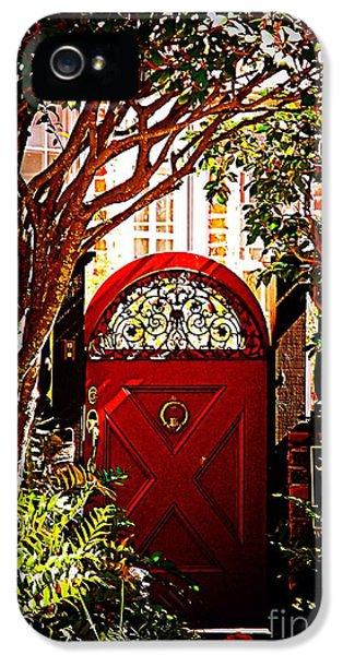House Door 5 In Charleston Sc  IPhone 5 Case by Susanne Van Hulst