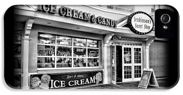 Ice Cream And Candy Shop At The Boardwalk - Jersey Shore IPhone 5 Case by Angie Tirado