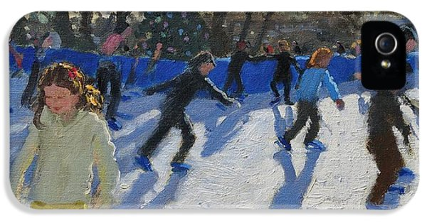 Ice Skaters At Christmas Fayre In Hyde Park  London IPhone 5 Case