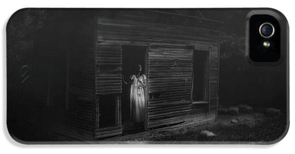 In Fear She Waits IPhone 5 Case by Tom Mc Nemar