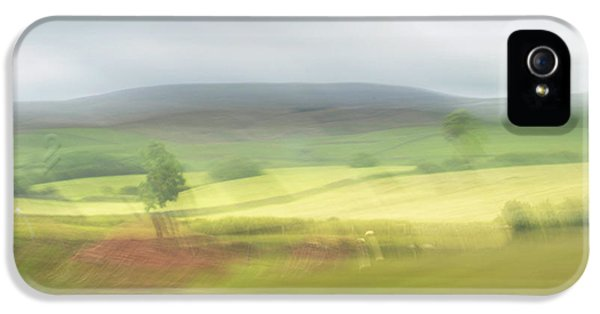 IPhone 5 Case featuring the photograph In Yorkshire 1 by Dubi Roman