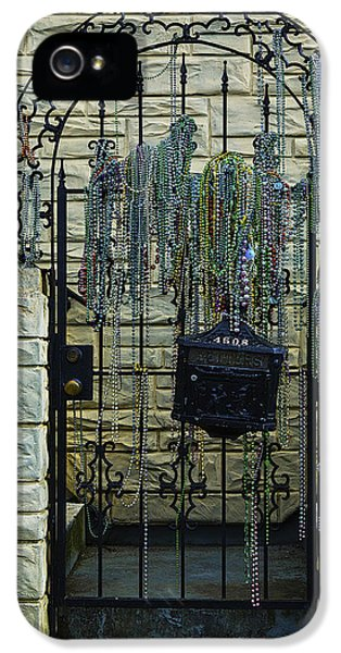 Iron Gate With Colorful Beads IPhone 5 Case