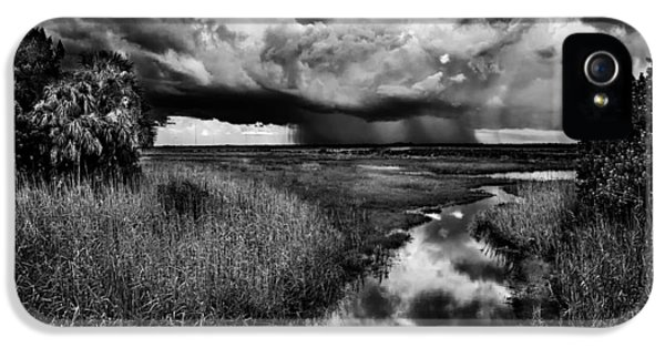 Isolated Shower - Bw IPhone 5 Case by Christopher Holmes