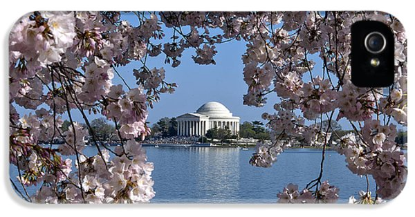 Washington D.c iPhone 5 Case - Jefferson Memorial On The Tidal Basin Ds051 by Gerry Gantt
