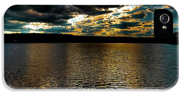IPhone 5 Case featuring the photograph June Sunset On Nicks Lake by David Patterson