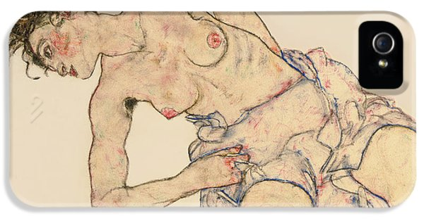 Kneider Weiblicher Halbakt IPhone 5 Case by Egon Schiele