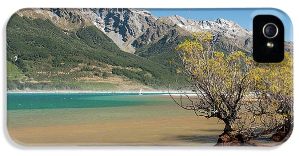 Lake Wakatipu IPhone 5 Case by Werner Padarin