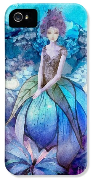 Larmina IPhone 5 Case by Mo T
