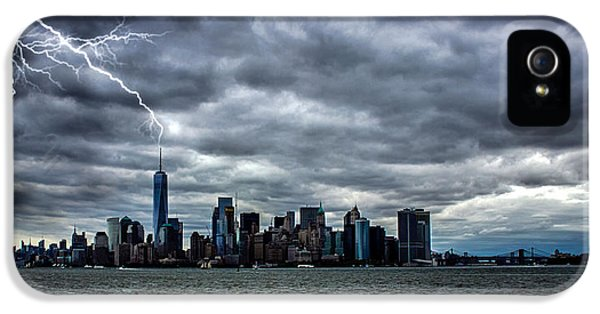 Lightning Over New York IPhone 5 Case by Martin Newman