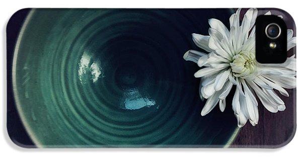 Flowers iPhone 5 Case - Live Simply by Priska Wettstein